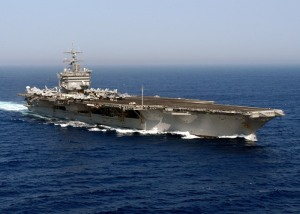 Deze USS Enterprise heeft een maximale capaciteit van 94.000 ton. Daar moet ons Vlaams reclamepapier dus netjes in kunnen.